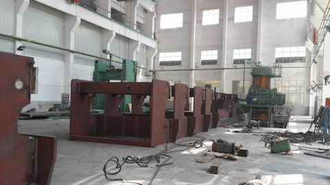 hydraulic press brake machining